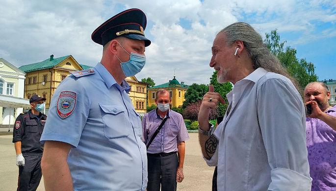 После Волочковой: Джигурду застали в закрытом на карантин селе