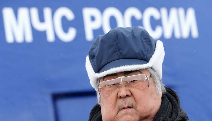 Губернатор Кемеровской области Аман Тулеев после совещания в главном управлении МЧС России по...