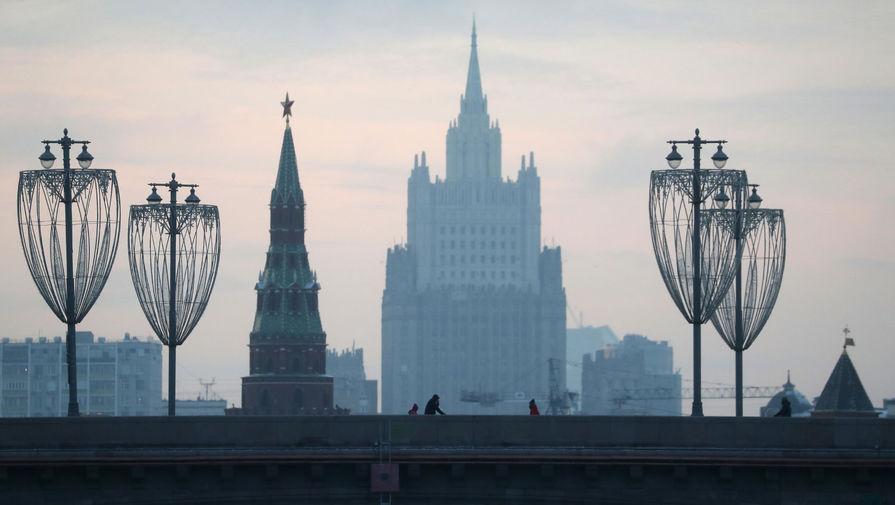 Les Echos: Москва и Париж тайно выслали дипломатов