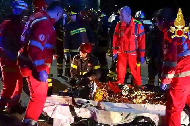 Последствия давки в итальянском ночном клубе в Коринальдо, 8 декабря 2018 года