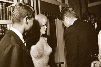 35-й президент США Джон Кеннеди и Мэрилин Монро