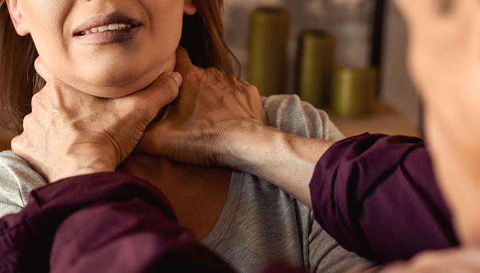 Задушил и объявил в розыск: как череповчанин обошелся с супругой