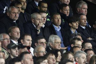 Роман Абрамович не жалеет денег на тренеров