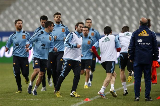Сборная Испании готовится к матчу с Францией