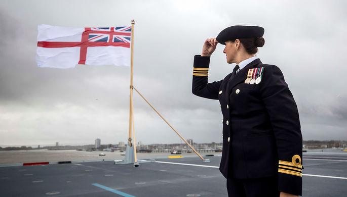Церемония введения в состав флота авианосца «Королева Елизавета», 7 декабря 2017 года