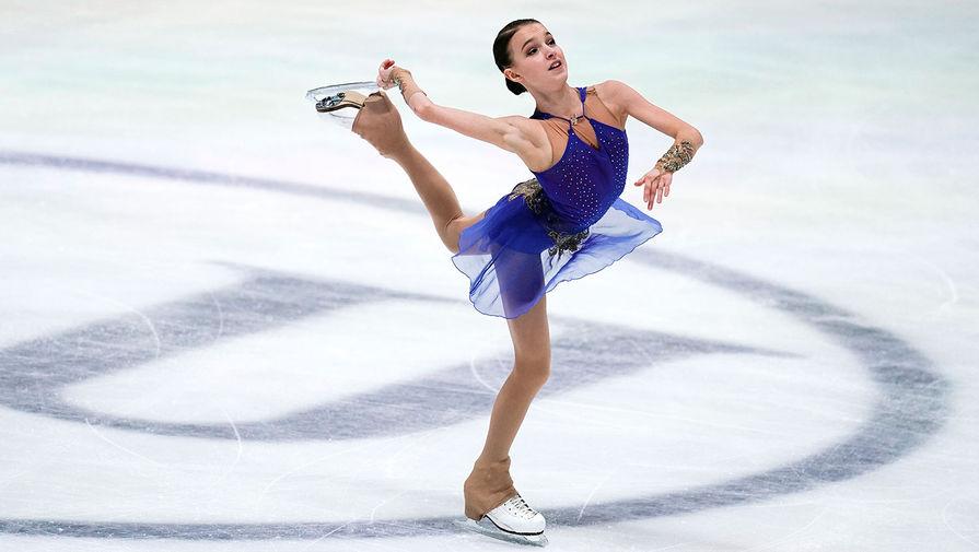 Анна Щербакова в произвольной программе в соревнованиях среди женщин на чемпионате Европы по фигурному катанию в австрийском Граце