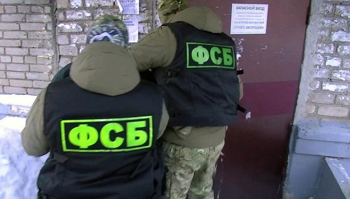 Сотрудники ФСБ РФ во время задержания члена международной террористической организации «Хизб ут-Тахрир аль-Ислами», 18 февраля 2021 года