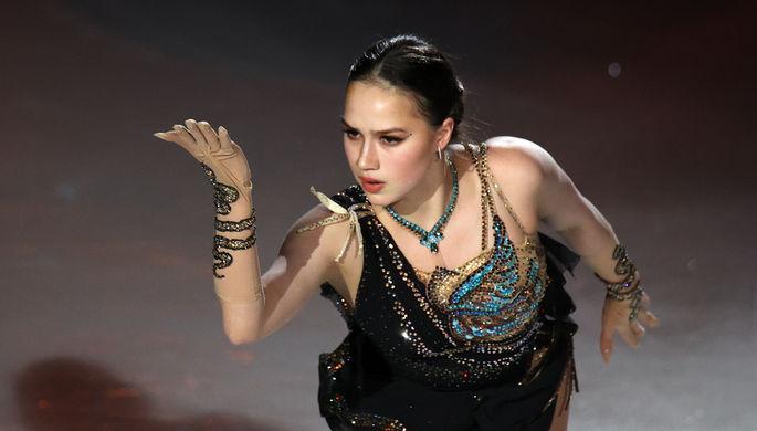 Алина Загитова выступает в шоу Team Tutberidze «Чемпионы на льду» в дворце спорта «Мегаспорт» в Москве