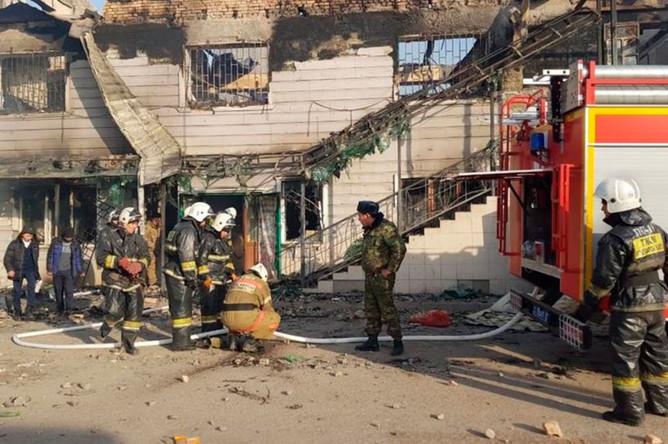 На месте массовой драки в селе Масанчи Кордайского района Жамбылской области, Казахстан, 8 февраля 2020 года