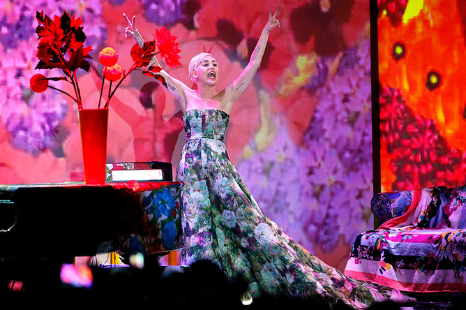 Выступление Майли Сайрус на World Music Awards в Монте-Карло