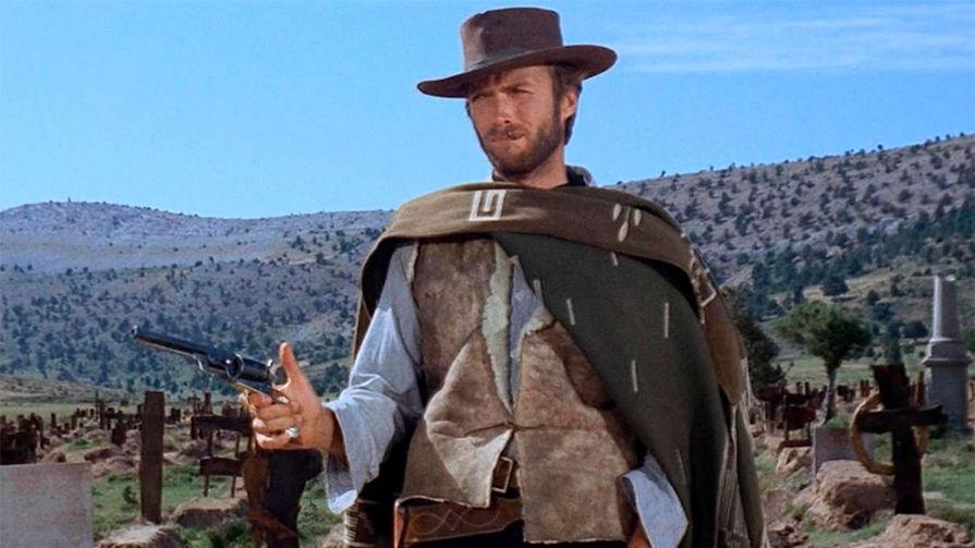Клинт Иствуд в фильме «Хороший, плохой, злой» (1966)