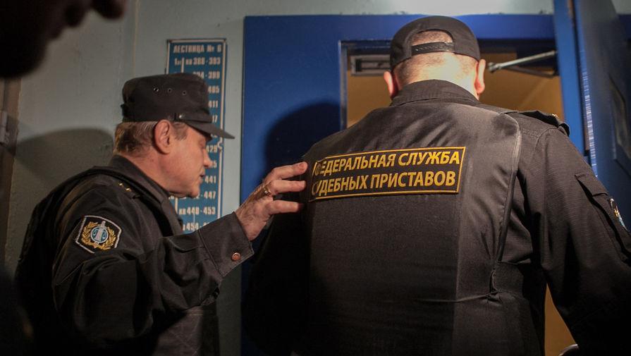 Имеютли приставы снять все сумму скарты Гречков К.В.