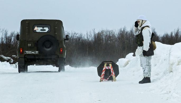 Отстаивать позиции: Медведев рассказал о ситуации в Арктике