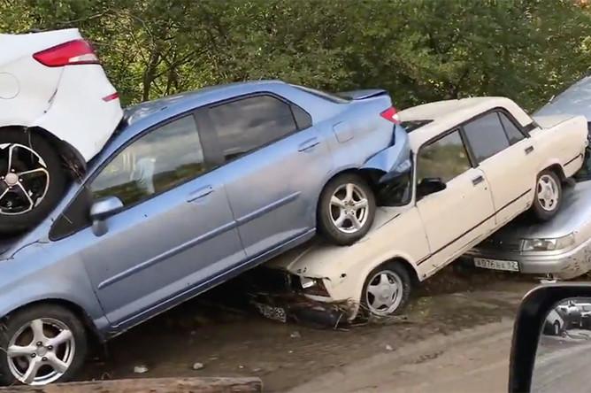 Последствия непогоды на 18-м километре трассы «Грушевка-Судак», 19 августа 2017
