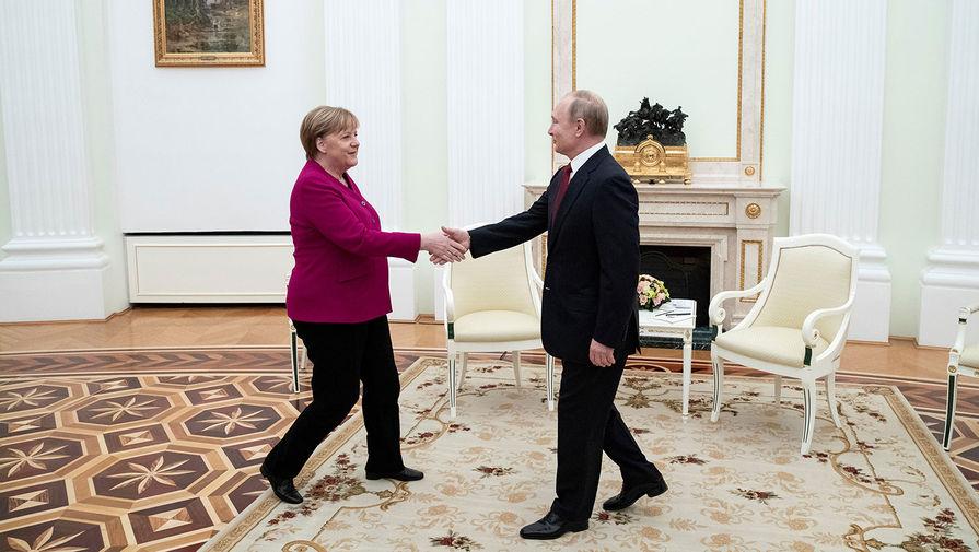 Переговоры Путина и Меркель продолжаются более 3 часов