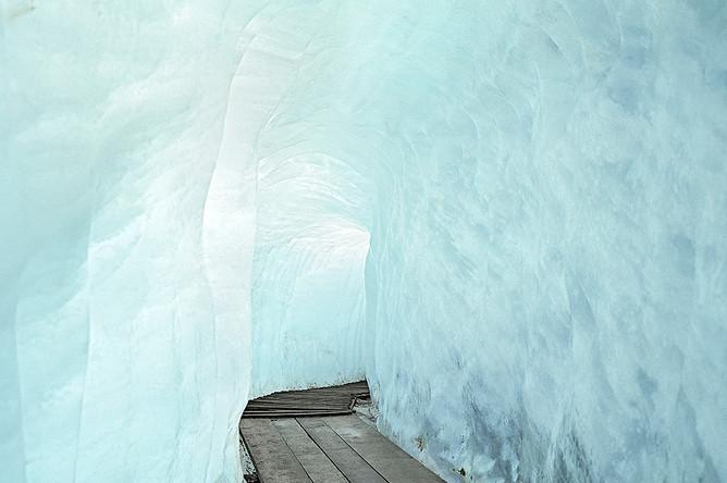 Добро пожаловать в горы! Антиромантическая Швейцария Маттье Гафсу