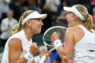 Елена Веснина и Екатерина Макарова одержали победу на Уимблдонском турнире в парном разряде