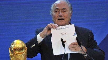 ФИФА обвинили в получении взятки при выборе организатора чемпионата мира