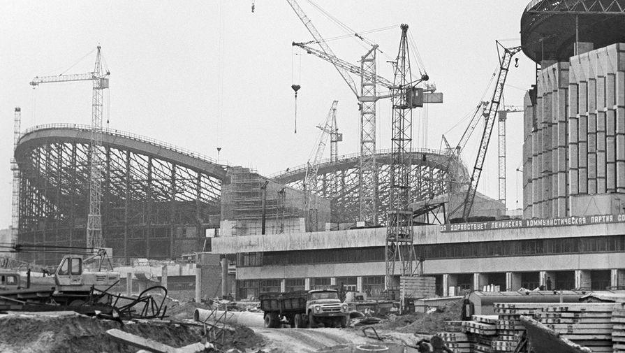 Строительство олимпийского плавательного бассейна на проспекте Мира, 1979 год