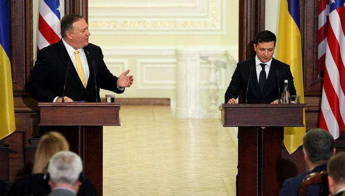 Госсекретарь США Майк Помпео и президент Украины Владимир Зеленский во время встречи в Киеве, 31 января 2020 года