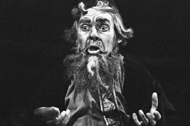 Александр Ведерников в роли Варлаама в опере «Борис Годунов», 1964 год