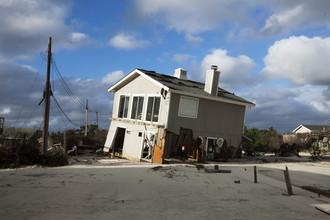 Стихийные бедствия могут произойти где угодно, разница — в реакции властей