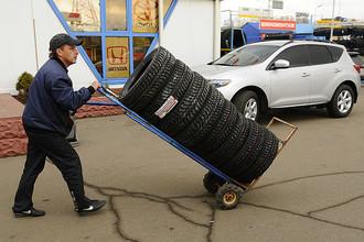 В случае принятия закона водителям придется ездить на зимней резине с декабря по март