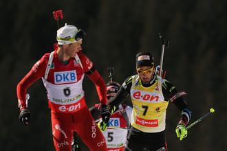 Уле-Эйнар Бьорндален (на переднем плане) и Мартен Фуркад