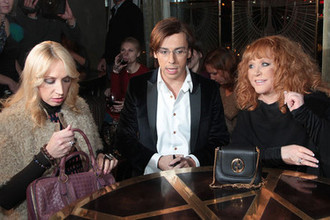 Кристина Орбакайте, Максим Галкин и Алла Пугачева на открытии ресторана в Москве, 2011 год