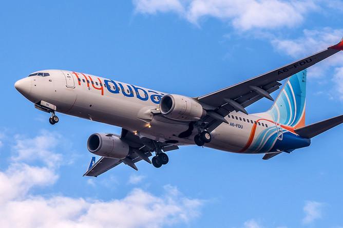 Самолет Boeing 737-800 с бортовым номером A6-FEJ авиакомпании Flydubai, разбившийся в аэропорту Ростова-на-Дону 19 марта 2016 года
