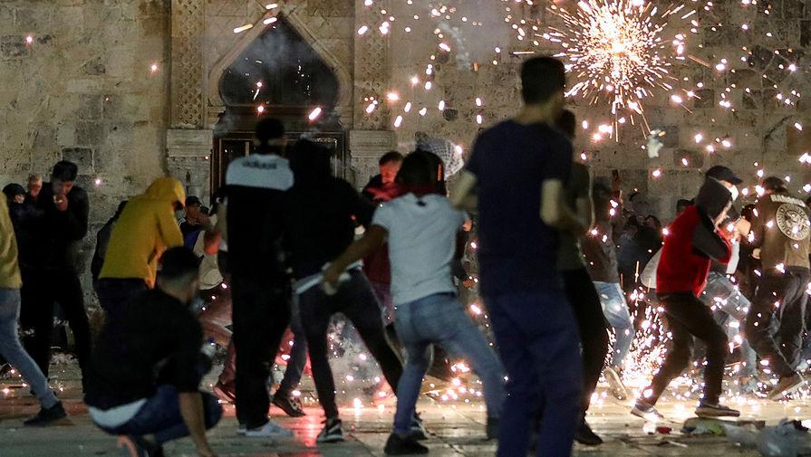 Беспорядки в районе мечети «Аль-Акса» на Храмовой горе в Иерусалиме, 7 мая 2021 года