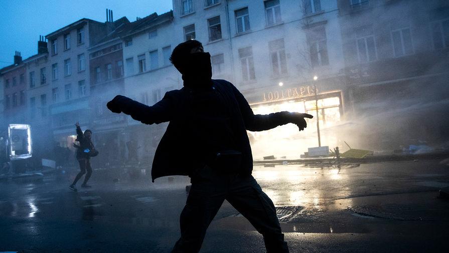 В Брюсселе задержали 132 участников неразрешенного фестиваля