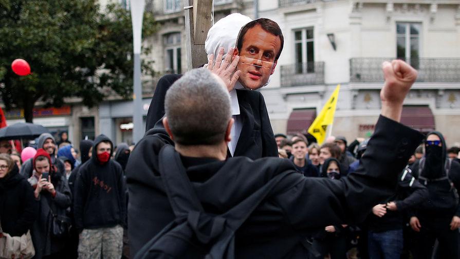 Почему недовольство французов реформами не останавливает Макрона