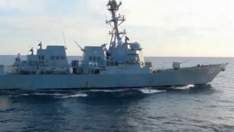 В Совфеде объяснили, зачем эсминец США вторгся в территориальные воды России