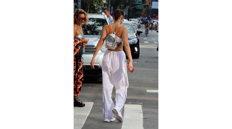 Модель Белла Хадид в Нью-Йорке