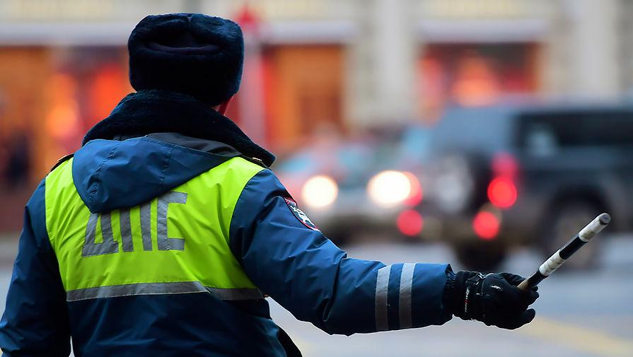 Инспектор ДПС обиделся на обман при получении взятки и попал под статью