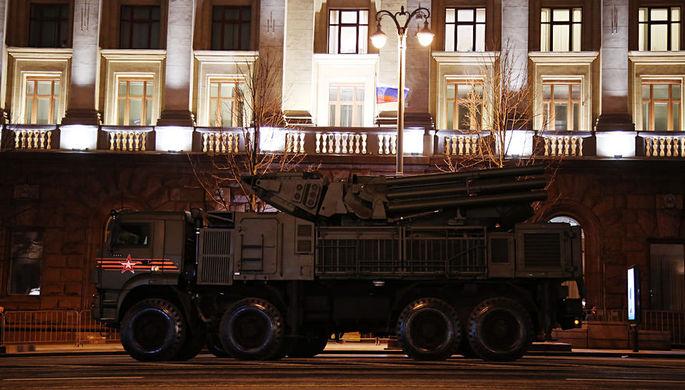 Репетиция военного парада к Дню Победы в центре Москвы, 26 апреля 2018 года