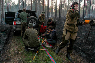 Волонтеры из «Отряда 111.62» во время тушения лесного пожара в Иркутской области, 2019 год