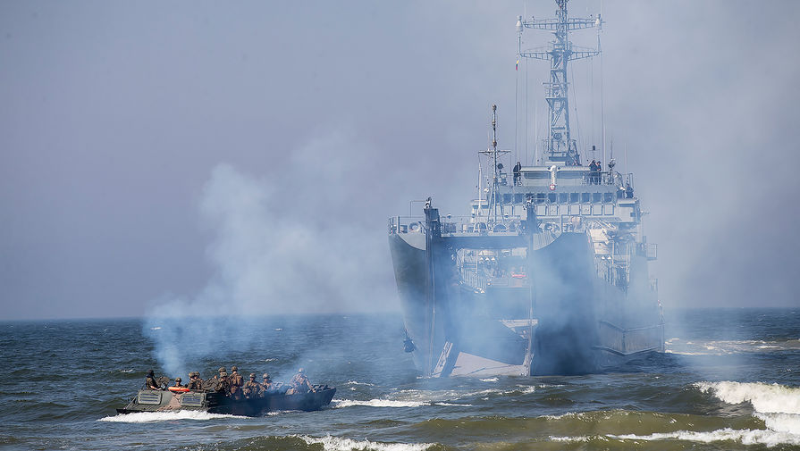 Курс на Балтику: НАТО отказалось отменять учения