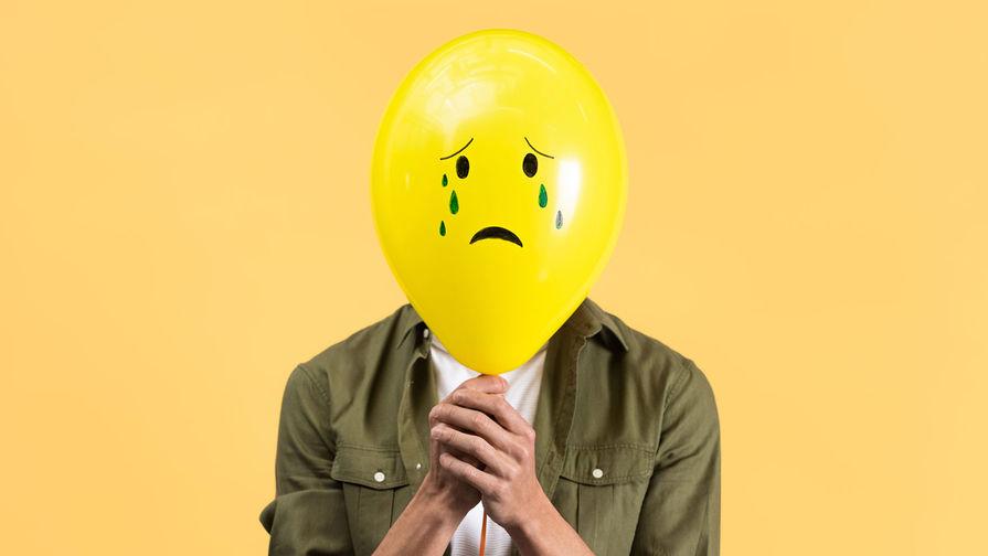 Врач объяснила, почему люди чувствуют себя несчастными и нелюбимыми