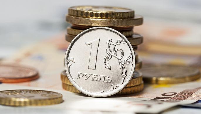 Рубль в отпуск не уйдет