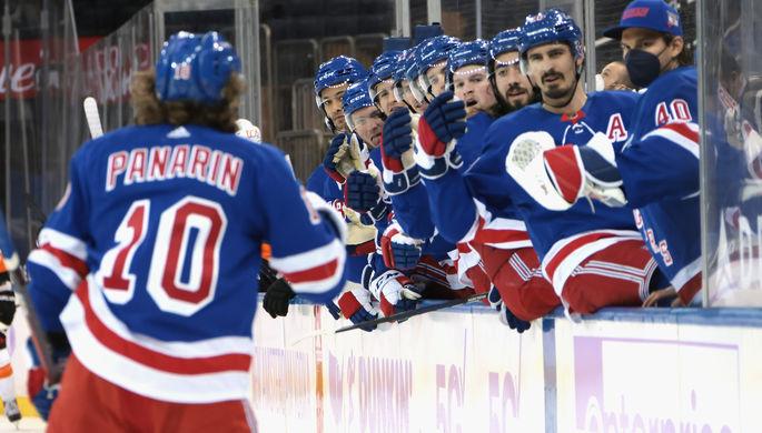 Нападающий «Нью-Йорк Рейнджерс» Артемий Панарин в матче НХЛ