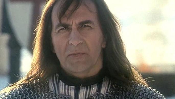 Кадр из фильма «Крестоносец» (1995)