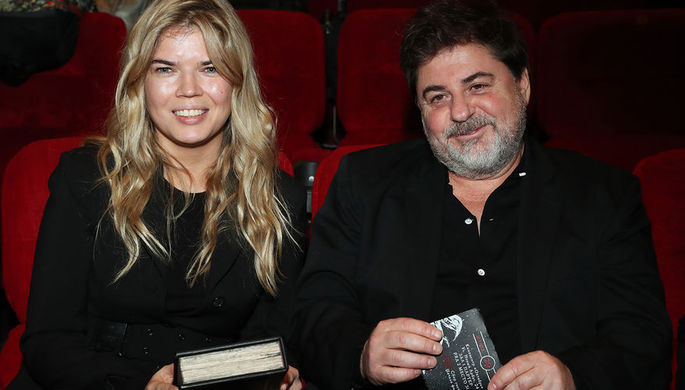 Продюсер Александр Цекало и его супруга Виктория Галушко на премьере фильма «Гоголь. Вий», 2018 год