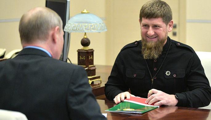 «По стойке «смирно»: Путин сделал Кадырова генерал-майором