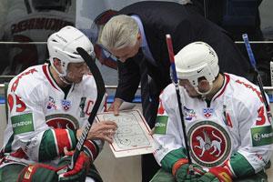 Билялетдинов основательно готовит команду, Морозов (слева) больше не сыграет в Кубке Гагарина