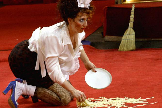 Яна Чурикова во время съемок шоу «Цирк со звездами» для Первого телеканала, 2007 год