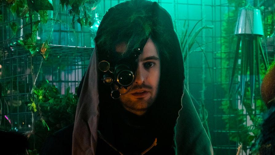 Кадр из фильма «Эбигейл» (2019)