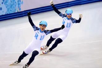 Россияне Виктор Ан и Владимир Григорьев выиграли золото и серебро в шорт-треке на дистанции 1000 м
