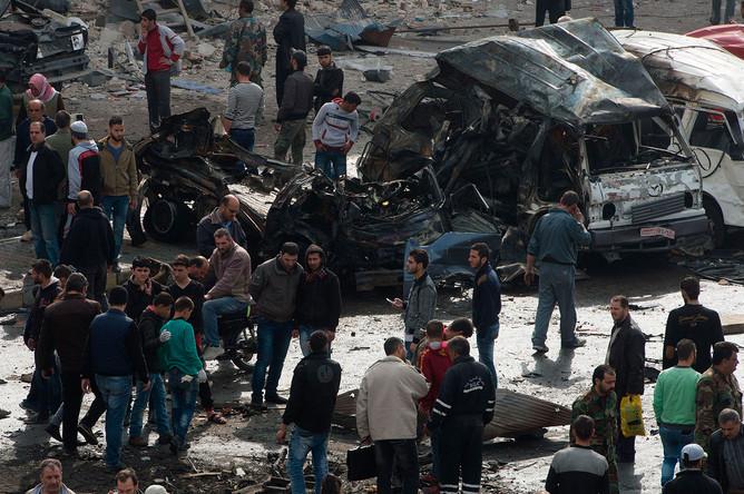На месте террористического акта в сирийском Хомсе